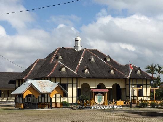 Mount Tabur Sultanate Palace