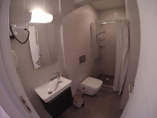 Apartof: Bathroom