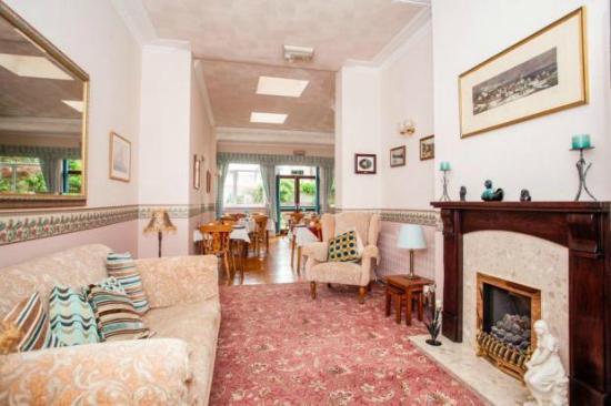 St. Margaret's Lodge: Lounge/breakfast room