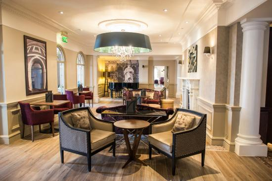 Mercure Exeter Southgate Hotel: Lounge Bar