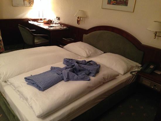 Seehof Hotel : So legt der Zimmerservice das Pyjama zurecht