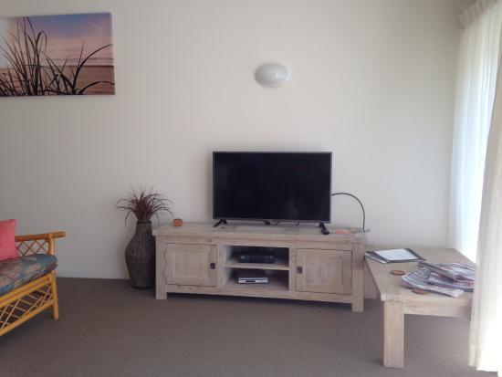 Peregian Court Resort: 2 Bedroom Apartment modern and 100% clean