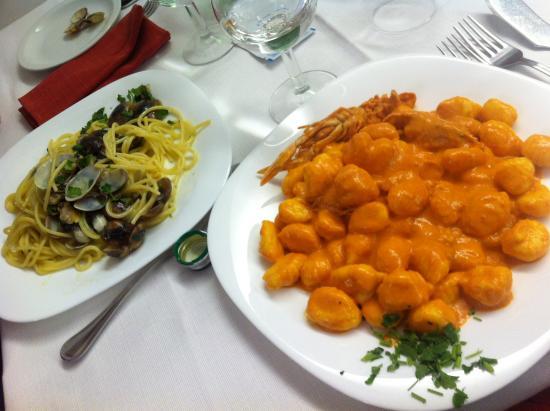 Da Rita: Gnocchi alla crema di scampi e spaghetti allo scoglio