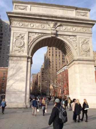 No. 19 Washington Square: washington arch