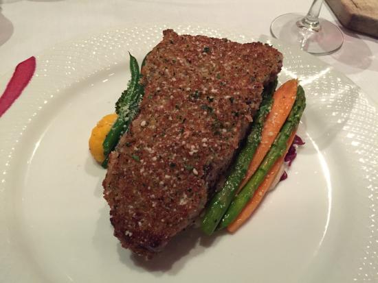 Dewz Restaurant: Blue Cheese Herb Crusted New York Steak