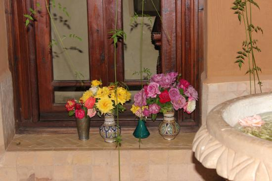 Dar Zemora: Fresh flowers from the gardens