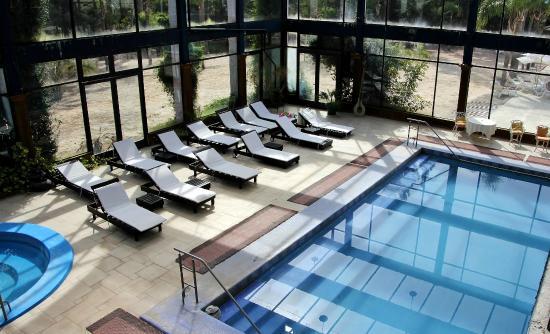 Aquae Sulis Spa & Resort: Zona de Pileta Climatizada e Hidromasaje