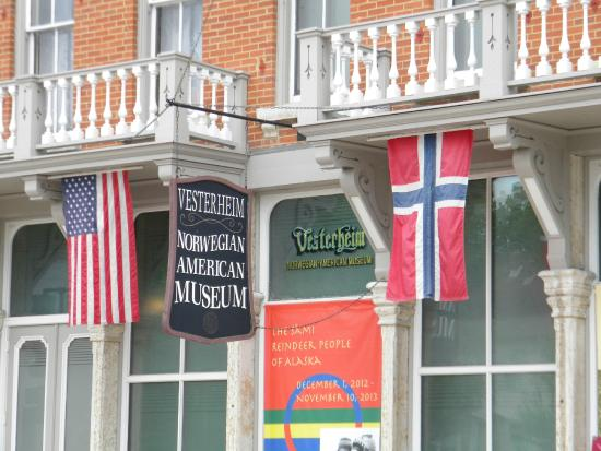 Vesterheim: Entrance