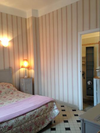 Le 45 BB : chambre rose