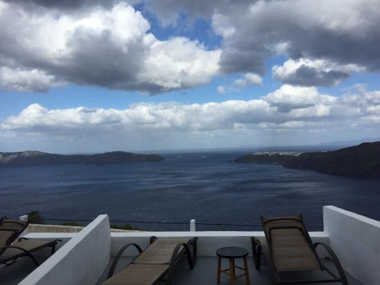 Gizis Exclusive: Oia and Thirassia from our room
