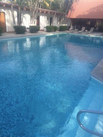 Las Espuelas Hotel: The pool is great