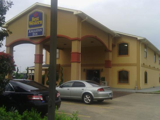 Best Western Angleton Inn : Entrance to Hotel