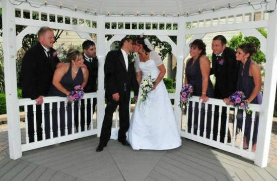 Alpha, NJ: Wedding Gazebo