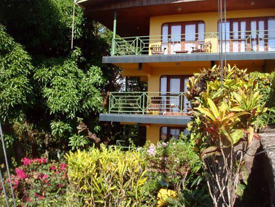 Hy Paradise Inn
