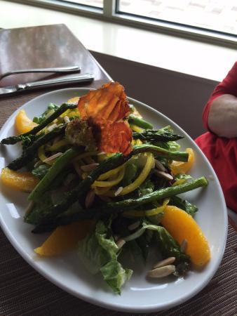 Lake Saint Louis, MO: Roasted asparagus salad