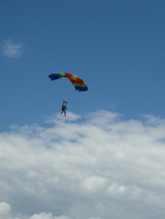 Mile High Parachuting