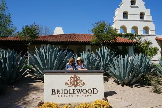 Bridlewood Estate Winery: Main Entrance