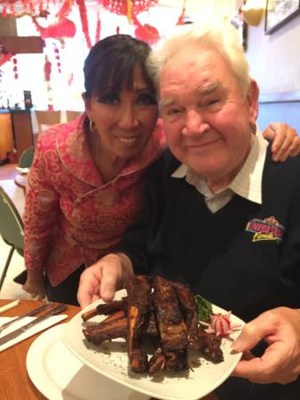 Lings on Kings: Ling Lamb and my dad with a rather delicious plate of ribs
