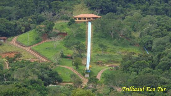 Hotel Fazenda Luar de Agôsto: Vista do toboágua maior.