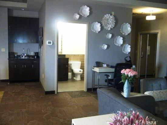 Riverwind Hotel : Riverwind Casino Governor's Suite #425