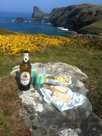 Boscastle Fishing Company: Lunch from the Boscastle Fishing Co