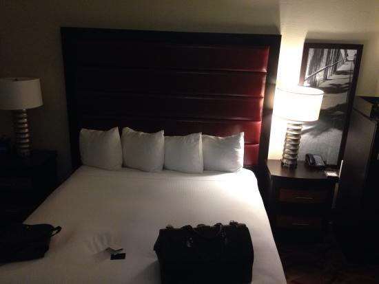 Hilton College Station & Conference Center: Lovely room!