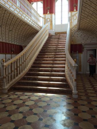 Palacio De Moratalla: Escaleras del salon