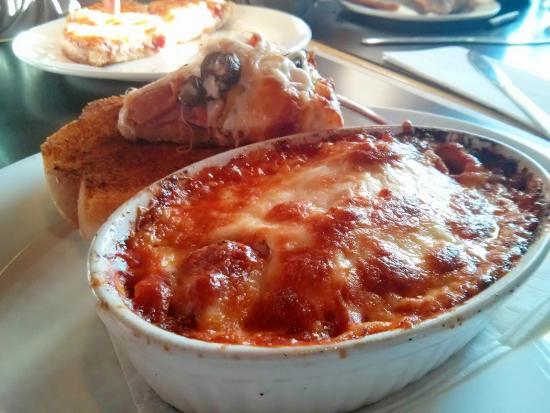 Daddyo's Pizza & Ribs: Lasagna