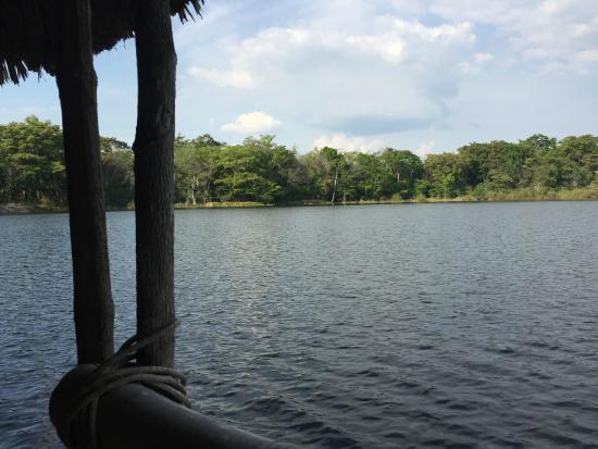 Villa Maya: Área de muelle dentro del hotel, muy buen lugar para relajarse.