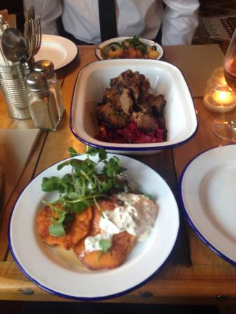 The Smokehouse: Main and sides