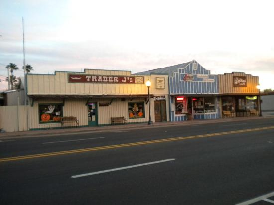 Wickenburg, AZ: Trader J's on mainstreet