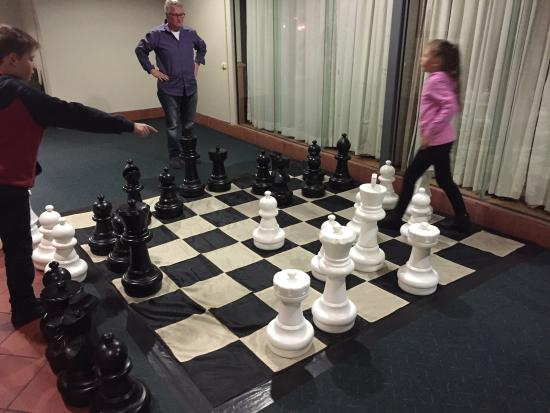 Ibis Styles Canberra Eaglehawk: Giant chess was a great hit!