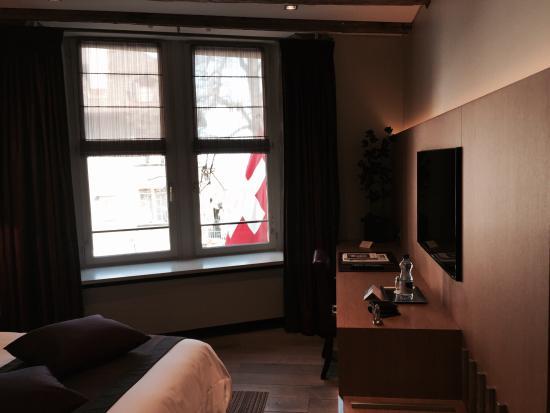 Hotel Les Armures: Номер