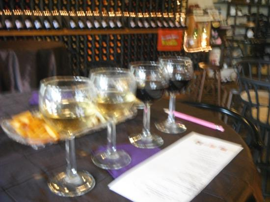 Northleaf Winery: selections of 4
