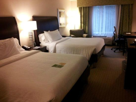 Hilton Garden Inn Seattle/Bothell, WA: Decent sized room