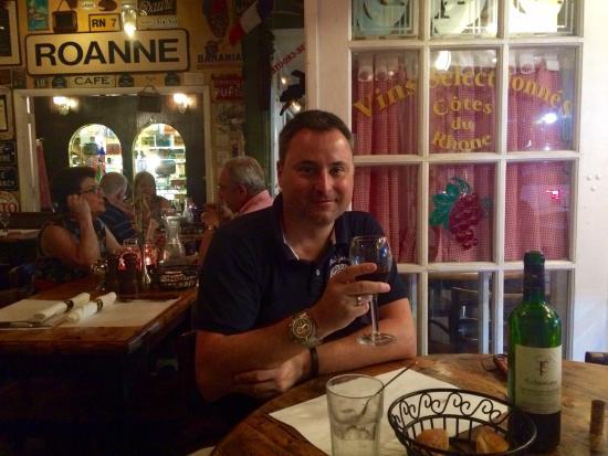Le Bouchon du Grove : Table at the window