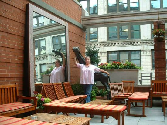 Hotel Giraffe by Library Hotel Collection: rooftop terrace