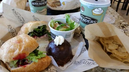 Kneader's