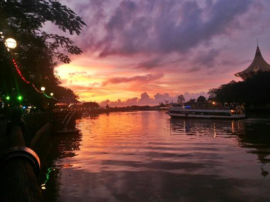 [Image: sunset-view.jpg]