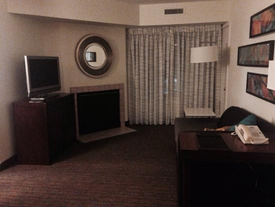 Residence Inn Gaithersburg Washingtonian Center : Clean, very true to website photos ~ 2 bedroom suite