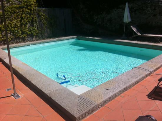 FH Villa Fiesole Hotel: Lovely heated pool