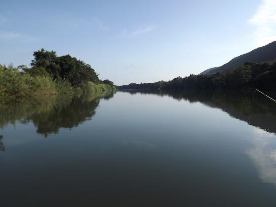 Komati River Chalets: Fishing on the Komati River 6am