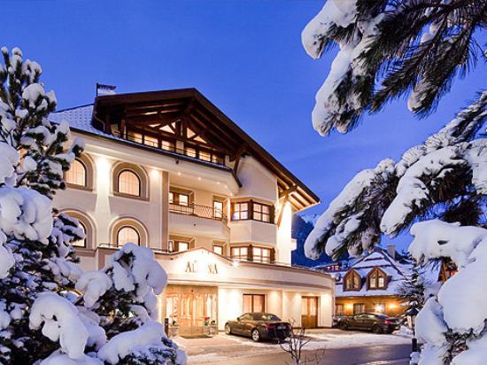 Photo of Hotel Albona Ischgl