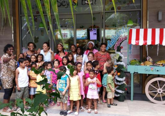 Eden Island, Seychellerna: sey si bon kid's workshop