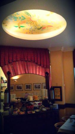 Leo Panzio Hotel: breakfast