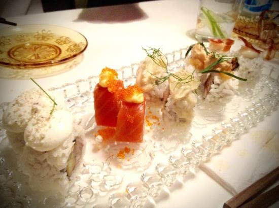 Saiko: Assortment of the sushi.