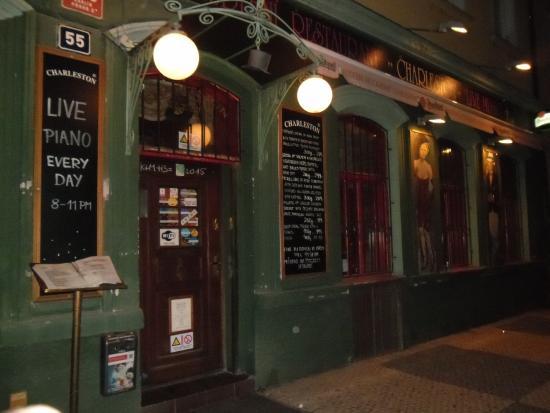Charleston : Entrance