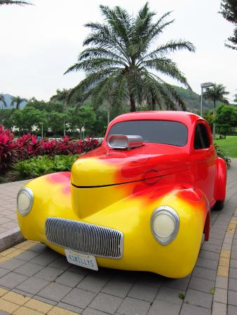 Classic Cars At The Playground Picture Of Disney S Hollywood Hotel