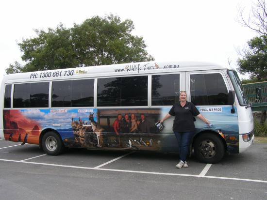 Phillip Island Direct Bus