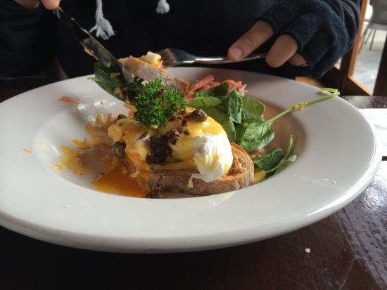 The Waterfront Bar & Bistro: Salmon Eggs Benedict